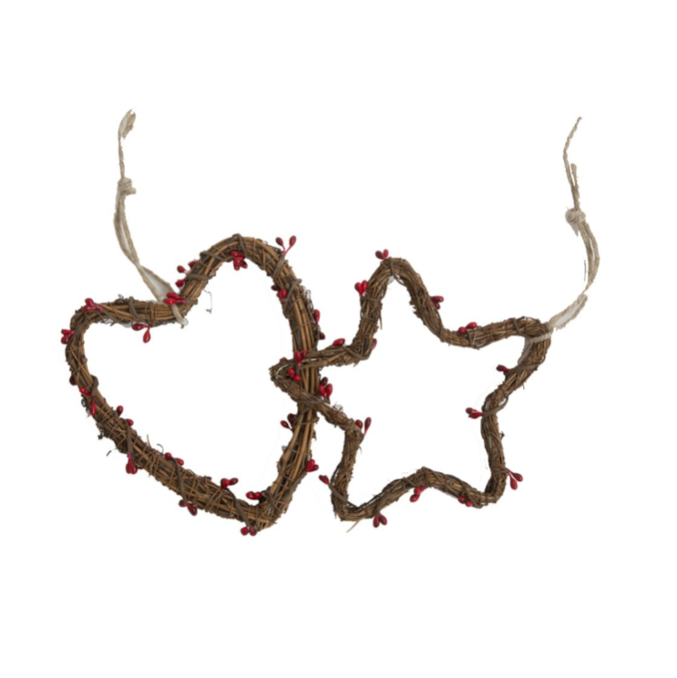 Set of 2 Rattan Star & Heart Wreath with Red Christmas Berries